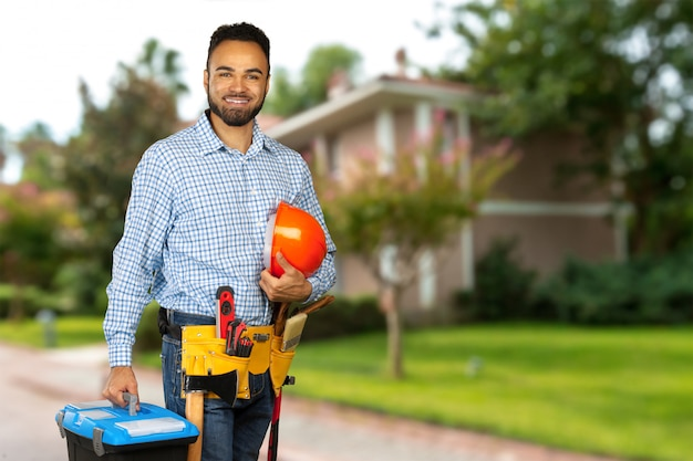 Trabalhador da construção civil no local de construção