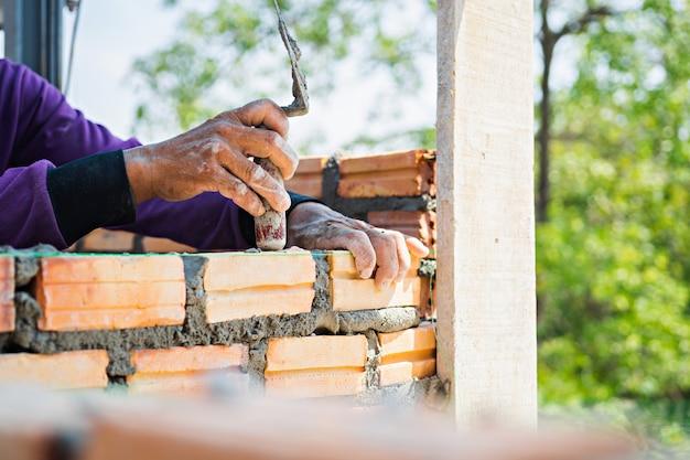 Trabalhador de pedreiro