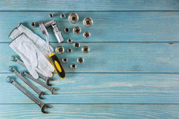 Trabalhando couro conjunto de ferramentas de luvas de proteção chaves mecânicas de carro equipado ferramenta auto mecânico