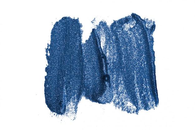Traçados de pincel azul clássico isolados no branco