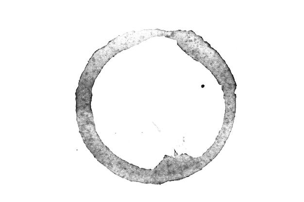 Traço de café derramado isolado no fundo branco