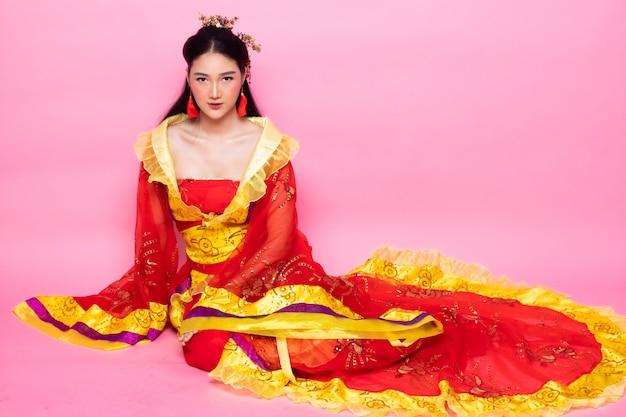 Traje tradicional chinesa opera mulher rosa