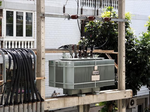 Transformador de distribuição montado em polo fusível de queda para pára-raios transformador de distribuição