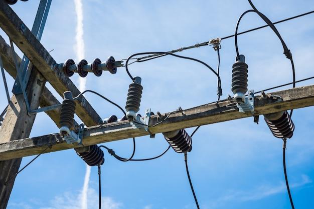 Transformadores e juntas elétricas