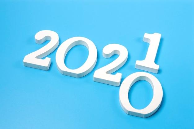 Transição de cartão postal criativo 2020 2021