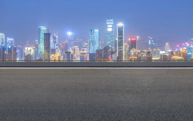 Transporte vista vazia liberdade de velocidade longa
