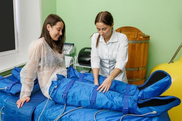 Tratamento de pressoterapia em salão de beleza