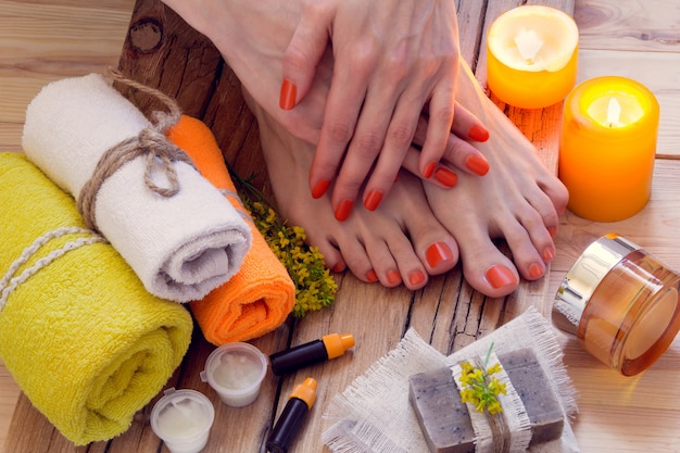 Tratamento de spa de mãos e pés
