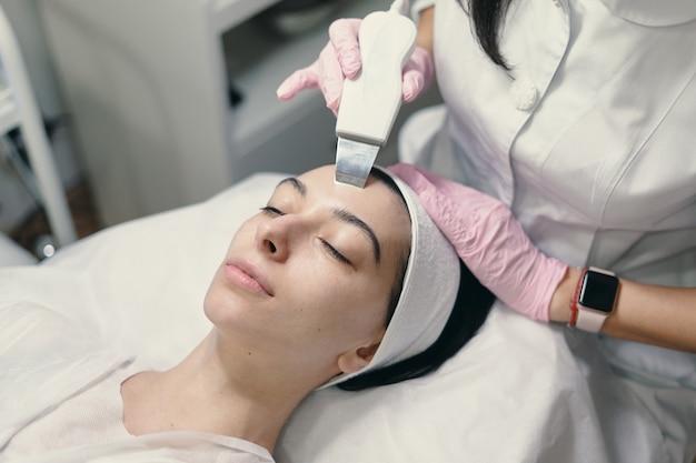 Tratamento facial rejuvenescedor