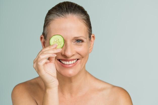 Tratamento hidratante para pele madura