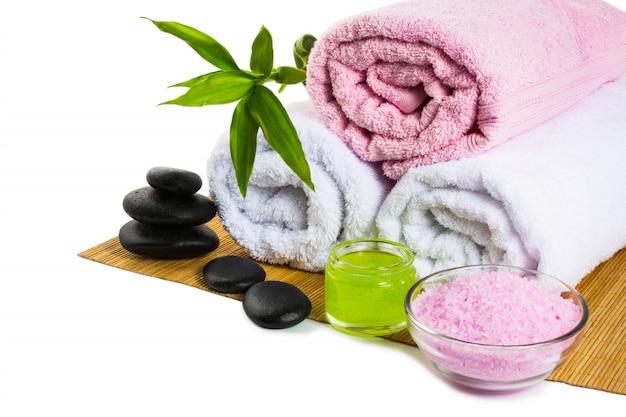 Tratamentos de spa isolados no branco