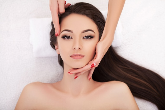 Tratamentos faciais de beleza