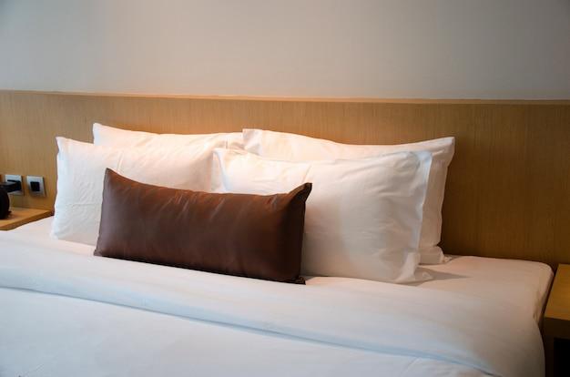 Travesseiro em quartos
