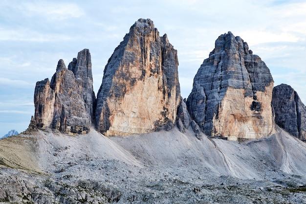 Tre cime di lavaredo montanhas