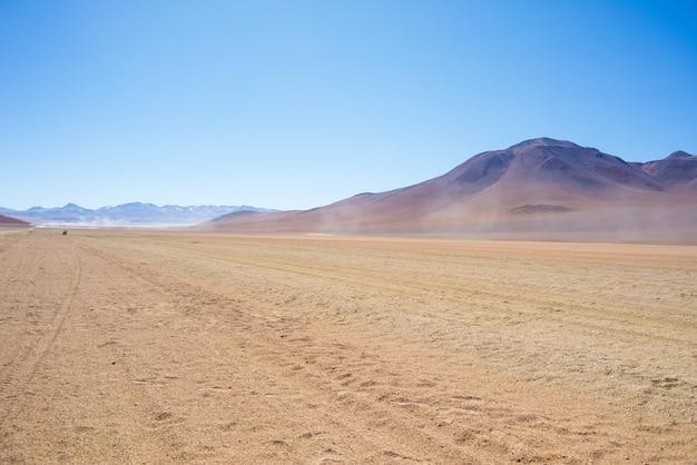 Trecho arenoso do deserto nos andes bolivianos