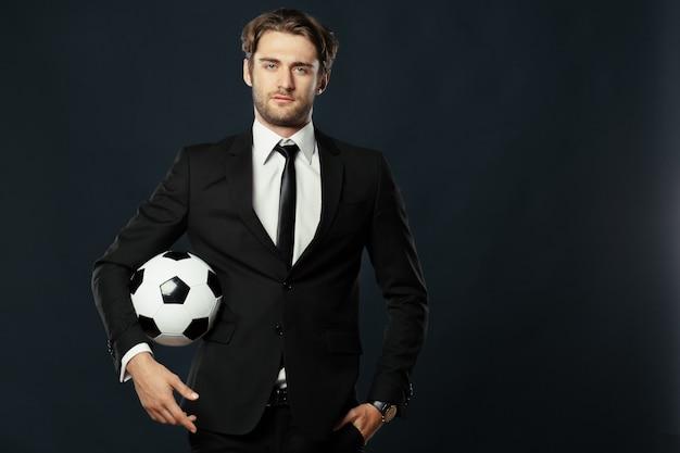 Treinador, negócios, esporte em fundo preto