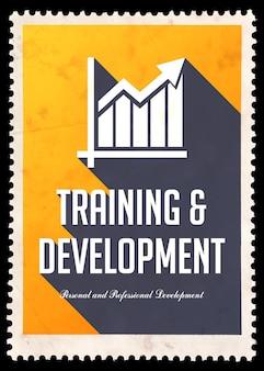 Treinamento e desenvolvimento em amarelo. conceito vintage em design plano com longas sombras.