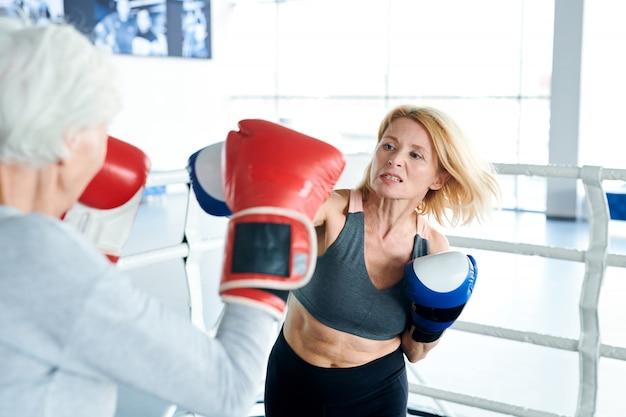 Treinamento em ringue de boxe