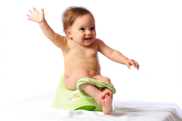 Treinamento potty do bebê adorável