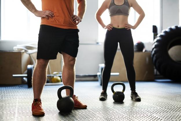 Treino de fitness com kettlebells