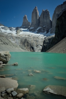 Trekking na base torres del paine, chile