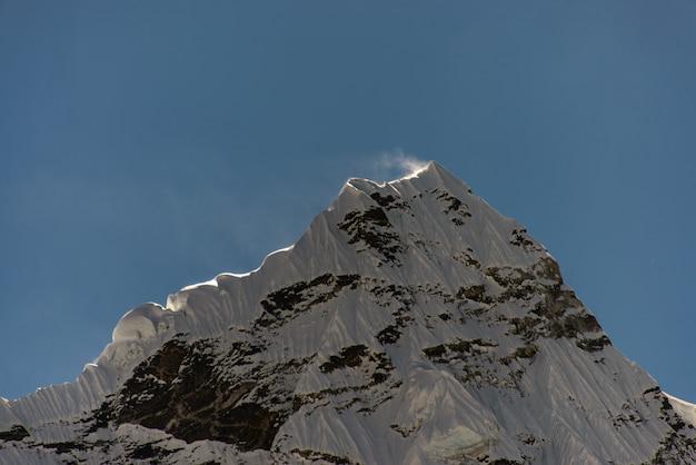 Trekking no nepal, himalaia