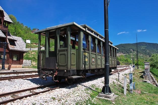 Trem velho em drvengrad, sérvia