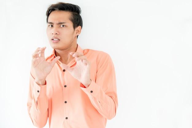 Tremulous empresário temendo consequências