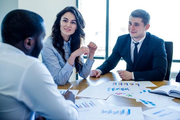 Três, negócio, pessoas, reunião