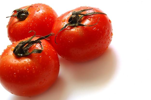 Três tomates