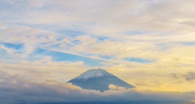 Triângulo turismo cultura aérea topo