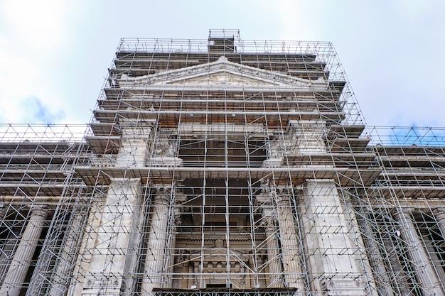 Tribunais de bruxelas em construção na bélgica