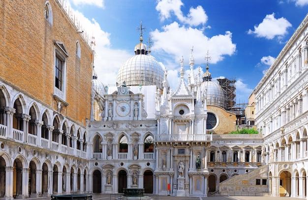 Tribunal fechado de san marco, veneza, itália. panorama