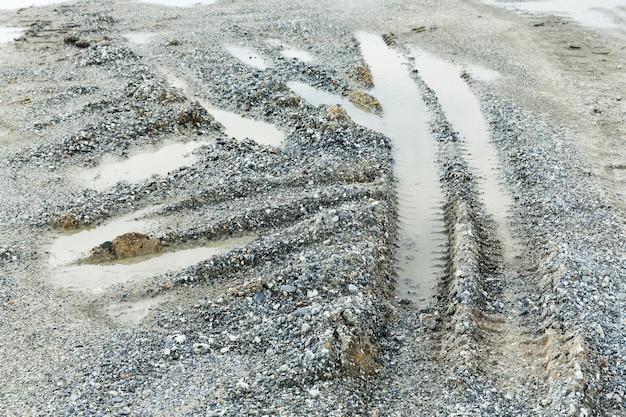 Trilhas de roda ou pneu