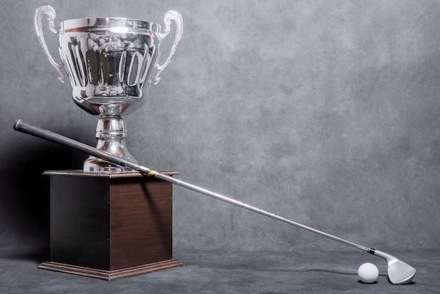 Troféu de golfe com cópia-espaço