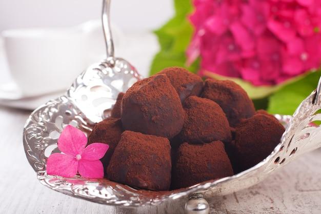 Trufas de bombons de chocolate