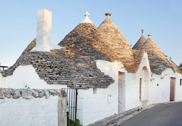 Trulli, as típicas casas antigas em alberobello.