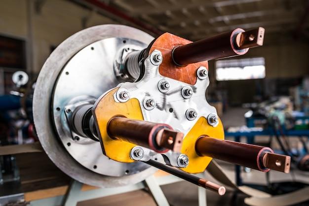 Tubo de aquecimento para grandes equipamentos industriais