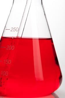 Tubo de laboratório para o conceito de química