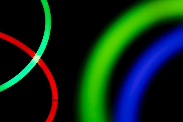 Tubo de luz fluorescente de néon colorido
