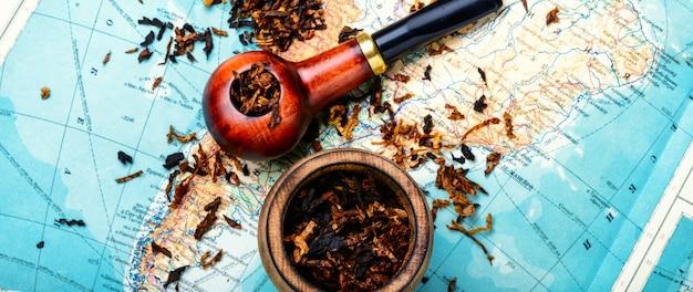 Tubo de tabaco no mapa