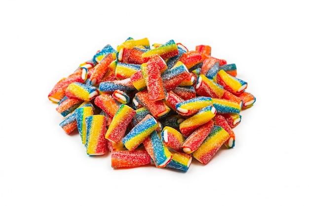 Tubos coloridos, balas de gelatina.