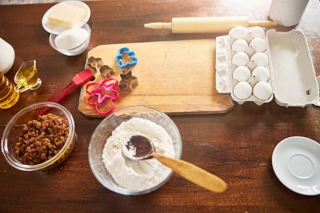 Tudo o que precisamos para assar bolos caseiros