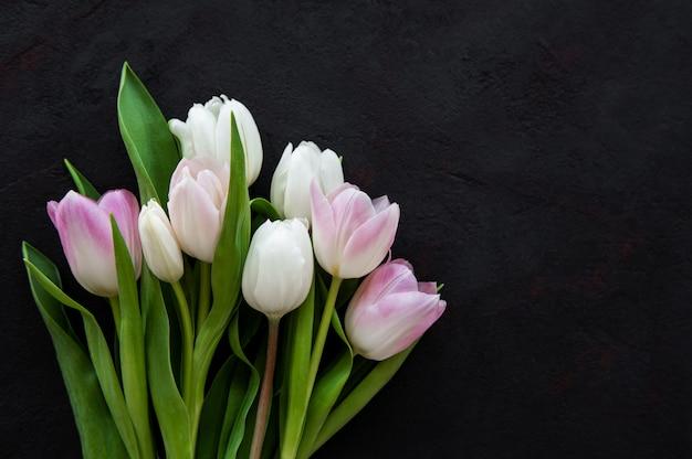 Tulipas rosa primavera