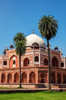 Túmulo de humayun famoso destino de atração turística. delhi, índia