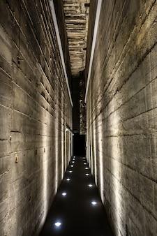 Túnel em um bunker