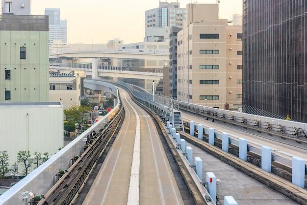 Túnel, ferrovia, de, elevado, yurikamome, monotrilho, trem, para, odaiba, direção, em, tóquio, japan.