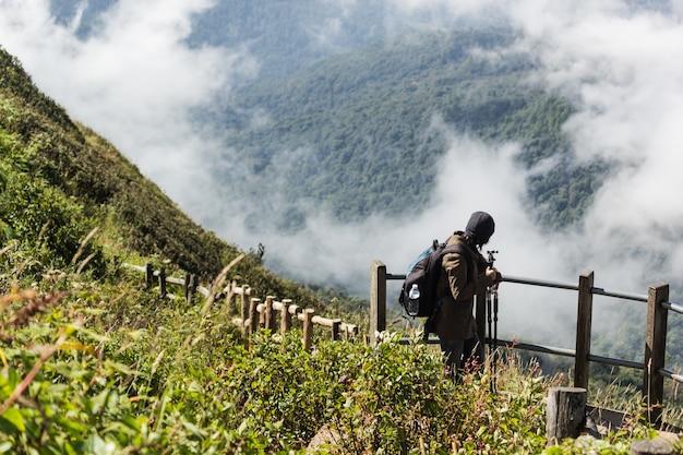 Turistas, andar, em, a, prado, em, montanhas, em, kew, mae, panela, chiang mai, norte, de, tailandia