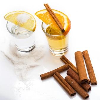Uísque e tequila