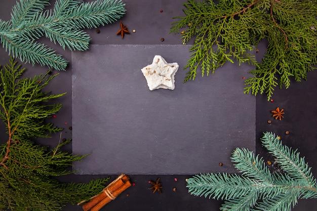 Um bom pano de fundo para um café ou restaurante, menu, promoções, descontos, venda para o natal ou o ano novo.